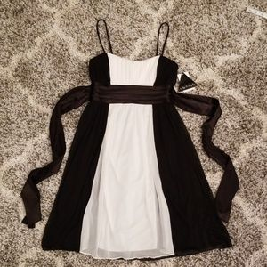 NWT Black and White Special Occasion Dress S